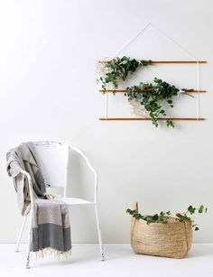 Diy home : how to: make your own eucalyptus hanger - listfender leading ins Home Decor Styles, Diy Home Decor, Living Room Decor, Bedroom Decor, Diy Casa, Home Interior, Home Decor Inspiration, Diy And Crafts, Easy Diy