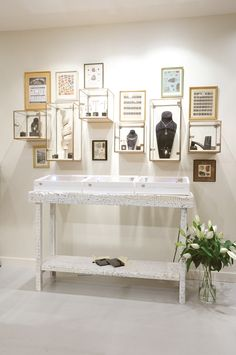 A jewellery store that educates shoppers about the exploitation of mineworkers needs a unique environment - Retail Design World