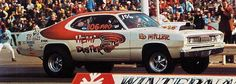 Vintage Drag Racing - Pro Stock - Ed Miller Cool Car Pictures, Car Photos, Stock Pictures, 60s Muscle Cars, American Muscle Cars, Drag Racing, Auto Racing, Plymouth Duster, Thing 1