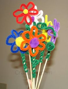 Pipe cleaner/Fuzzy stick flowers | Craft To Art