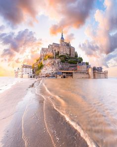 Travel Insurance Options for Traveling Abroad Europe Destinations, Le Mont St Michel, Michel Bay, Region Bretagne, Visit France, Dordogne, Wonderful Picture, Beautiful Places In The World, Beautiful Homes