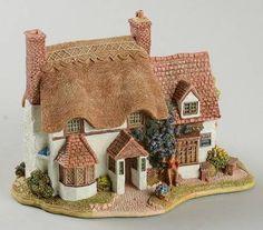 Lilliput Lane English Cottages at Replacements, Ltd