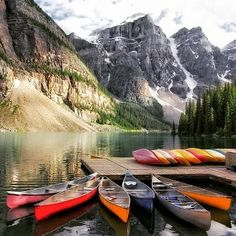 """discovery.hd: """". The Majestic Beauty of Canada's 5 Must-See National Parks Take a beautiful trek through theCanadian Rockieswith professional photographer @(Dax Justin). As he captures the natural beauty of must-see parks including Jasper Banff Waterton Lakes and Yoho National Parks.  #Canada #natur #Rockies #Yoho #NationalParks"""""""