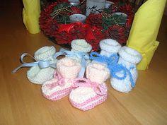 Mámy pro mámy - podpořme předčasně narozené Kulíšky a jejich rodiče: Návod na pletené bačkůrky pro novorozence a nedonošená miminka