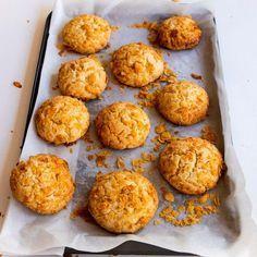 Cookie Recipes With Cornflakes Cornflake Cookies Recipe, Cornflake Recipes, Oat Cookies, Biscuit Cookies, Biscuit Recipe, Cookie Dough, Corn Flake Cookies, Cornflake Cake, Baking Recipes
