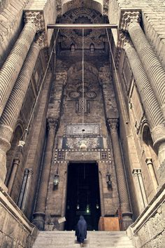 Al-Rifai Mosque Entrance (Islamic Architecture, Cairo, Egypt) Islamic Architecture, Art And Architecture, Architecture Details, Ancient Egypt Architecture, Old Egypt, Cairo Egypt, Life In Egypt, Modern Egypt, Visit Egypt