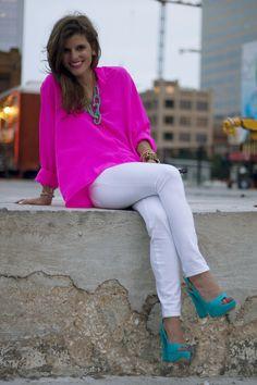 Love the shirt color, Super Cute