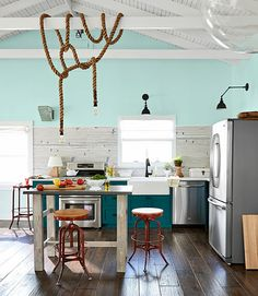33 Great Ideas for Kitchen Islands