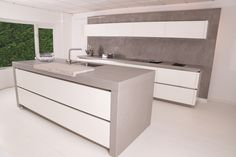 Dekton Strato concrete look kitchen worktop. Kitchen Ideas 2018, Kitchen 2016, New Kitchen, Modern Kitchen Cabinets, Kitchen Worktop, Kitchen Interior, Kitchen Design, Open Plan Kitchen Living Room, Cocinas Kitchen