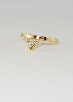 Melanie Auld AFLA Trillium Ring