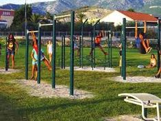 outdoor pull up bar diy - Google Search Homemade Pull Up Bar, Diy Pull Up Bar, Diy Bar, Outdoor Pull Up Bar, Street Workout, Google Search, Image, Calisthenics