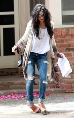 Love Vanessa Hudgens jeans!