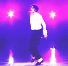 michael jackson mtv awards 1995 photos | Top 10 Outrageous MTV Video Music Awards Moments | Blogs | lsunow.com