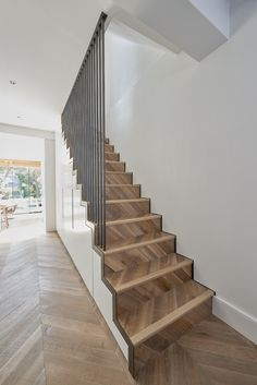 Modern ground floor extension with bottom lit, white washed oak stairs and balus. Modern ground floor extension with bottom lit, white washed oak stairs and balustrading (Pallet Step Stairs) Modern Stair Railing, Modern Stairs, Staircase Design, Staircase Decoration, Stair Banister, Stair Design, Staircase Ideas, Bannister, Oak Stairs