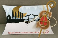 Vanavond is het pakjesavond.   Leuk om de Sinterklaas mallen te gebruiken van Marianne Design!         Gebruikte materialen voor alle doo...