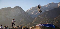 Trophy: Ein Blick auf die BMX-Szene in Innsbruck Innsbruck, Bmx, Mount Everest, Mountains, Nature, Travel, Backdrops, Scene, Alps