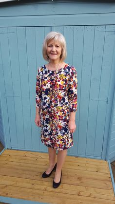 Beautiful Floral Ultimate Shift Dress by Lynda Sew Over It Patterns, Dress Making Patterns, Pdf Patterns, Linen Dress Pattern, Shift Dress Pattern, Vintage Sewing Patterns, Clothing Patterns, Sewing Ideas, Sewing Tips