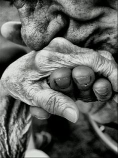 True love never grows old: 25  of the sweetest and most heart touching photos i've ever seen