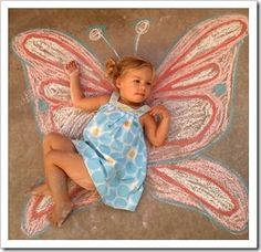Fun picture ideas with kids ~ sidewalk   chalk on the ground ~ very fun ~ kid/adults can really have fun interacting with   their art ~ )