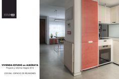 Vista general cocina y espacio de reuniones_Eo3 Arquitectos