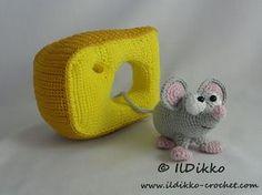 Amigurumi Crochet Pattern Manfred the Mouse por IlDikko en Etsy