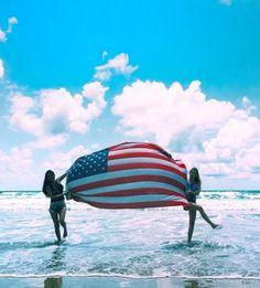 Carpe noctem : photo summer of love, summer days, summer time, of Summer Of Love, Summer Sun, Summer Days, Beach Pictures, Cute Pictures, Summer Vibes, Fotos Strand, Besties, Bestfriends