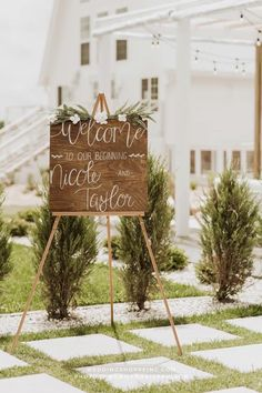 find beautiful wedding ceremony and reception decor and more on Wedding Shoppe's blog! Venue: Ivory North Co in Minnesota | modern and beautiful wedding ideas | 2022 wedding ideas | 2021 wedding inspiration | modern barn wedding | sleek and chic barn reception Wedding Signage, Wedding Reception Decorations, Wedding Ceremony, Free Wedding, Plan Your Wedding, Wedding Planning, Wedding Shoppe, Wedding Inspiration, Wedding Ideas