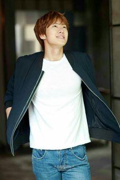 Gong Myung, Kim Dong, Korean Actors, Korean Drama, Kpop, Celebrities, Boys, Women, Heart