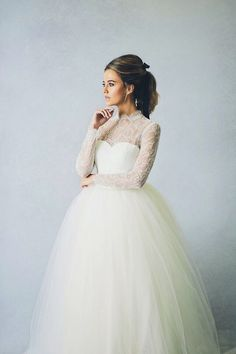elizabeth stuart mary wedding dress