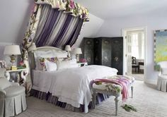 Tufted Bed with the Stripe of Lavender Floral Chintzes