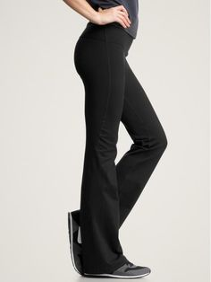 Gap Fit gFlex pants. I wear these running and cross training. Nice fit for curvy girls, the boot cut balances hips.