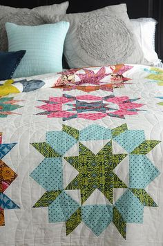 Unbelieveably gorgeous fabric choices in this Swoon quilt by Camille Roskelley - quilting inspiration Quilting Projects, Quilting Designs, Sewing Projects, Quilt Design, Quilting Ideas, Quilt Block Patterns, Quilt Blocks, Quilt Inspiration, Patch Aplique