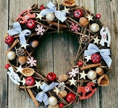 Vianočný veniec Miš maš 4th Of July Wreath, Christmas Wreaths, Holiday Decor, Home Decor, Decoration Home, Room Decor, Advent Wreaths, Interior Decorating
