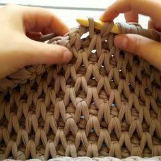 curtidas, 26 comentários – Вязание как искусство ( – Knitting patterns, knitting designs, knitting for beginners. Crochet Afghans, Crochet Motifs, Tunisian Crochet, Mode Crochet, Crochet Baby, Knit Crochet, Knitting Patterns, Crochet Patterns, Crochet Purses