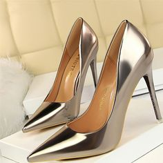 Bigtree Shoes New Patent Leather Wonen Pumps Fashion Office Shoes Women Sexy High Heels Shoes Women's Wedding Shoes Party Sexy High Heels, Frauen In High Heels, Leather High Heels, Womens High Heels, Patent Leather, Pu Leather, Platform Shoes Heels, High Heel Pumps, Pump Shoes
