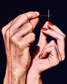 We catch up with the photographer who shot our first ever photographic over of Printed Pages in Maurizio Di lorio. Photo Main, Red String Of Fate, Hand Photography, Figure Photography, Modern Photography, Creative Photography, Photography Ideas, Hand Reference, Anatomy Reference