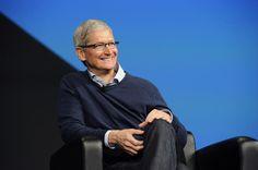 Apple Is Undervalued Donald Trump, Sean Parker, Tim Cook, Iphones For Sale, Steve Jobs, Political News, A Good Man, Leadership, Polo Ralph Lauren