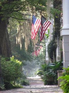 American flags grace many entryways throughout the Savannah Historic District