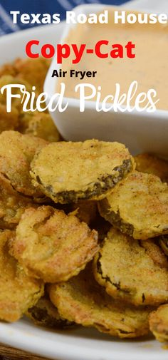 Air Fryer Fried Pickles Texas Road House Copy Cat - Adventures of a Nurse - - Air Fryer Fried Pickles are one of my favorites! This is a Texas Road House Copycat Fried Pickle recipe. To make it even better it is made right in the air fryer. Air Fryer Recipes Snacks, Air Fry Recipes, Air Fryer Dinner Recipes, Cooking Recipes, Microwave Recipes, Cooking Food, Recipes Dinner, Potato Recipes, Healthy Cooking