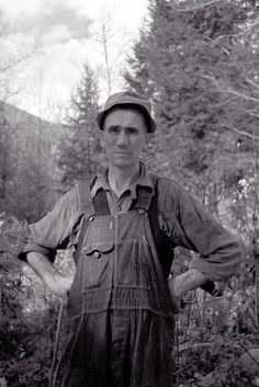 man was probably from Nicholson Hollow, Virginia October 1935 | pinned by haw-creek.com