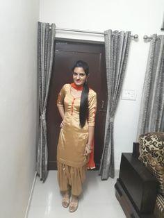 Women Salwar Suit, Patiala Salwar Suits, Indian Salwar Suit, Salwar Dress, Punjabi Dress, Punjabi Girls, Churidar, Hijab Fashion Summer, Punjabi Fashion