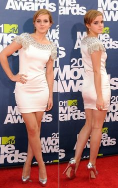 Emma Watson at the 2011 MTV Movie Awards in Marchesa Emma Watson Beautiful, Emma Watson Sexiest, Emma Watson Legs, Balmain Dress, Bollywood, Mtv Movie Awards, Celebs, Celebrities, Pretty Woman