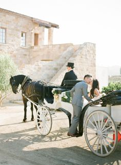 Horse-drawn carriage: http://www.stylemepretty.com/2014/10/14/soft-romantic-summer-winery-wedding/ | Photography: KT Merry - http://www.ktmerry.com/