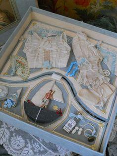 presentation box for dolls