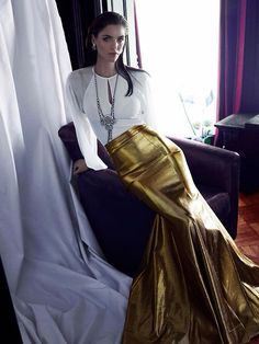 That gold skirt is beyond! Hilary Rhoda Stuns in Marie Claire Mexico Shoot by Hunter & Gatti Marie Claire, Hilary Rhoda, Mexican Fashion, Glamour, Metallic Dress, Metallic Style, Poses, Fashion Stylist, Fashion Pictures