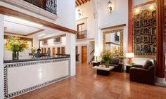 Hotel situado en el centro de la ciudad de Pátzcuaro que cuenta con gimnasio, ping pong, restaurante, bar y snack bar