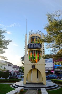 26 Intriguing Buildings To See On a Taiping Heritage Trail - Always Travelicious ! Taiping, Guys Be Like, Old Buildings, Trail, Wedding Decorations, City, Nature, Naturaleza, Wedding Decor