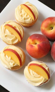 Peach Cupcakes with Peach Cream Cheese Frosting2