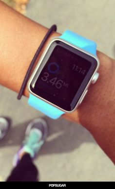 3 Reasons You Should Buy a Fitness Tracker and Not an Apple Watch