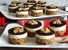 Nut milk chocolate tart for the Christmas table - Gebäck zum Café Best Christmas Cookies, Holiday Cookies, Bakery Store, Mini Tortillas, Cake Cookies, Cookie Recipes, Cheesecake, Good Food, Food And Drink